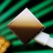光电I/O芯片来了,带宽比传统铜连芯片提高十倍