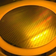 半导体行业突然地震:AMD为什么幸免?